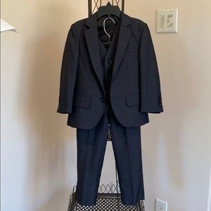 American Exchange boy's 3 piece suit